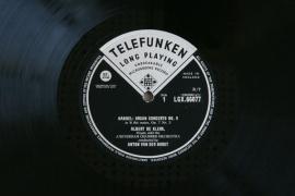 GB TELEFUNKEN LGX66077 アルベルト・クレーク …